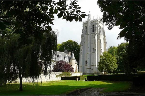 tour-abbaye-bec-hellouin